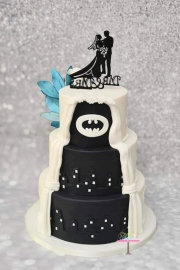 Doublesided weddingcake Batman kant 1